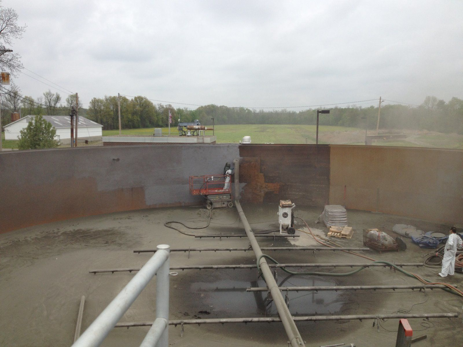 Waste Water Treatment Tank - Scottsburg, Indiana - Sandblasting 500,000 Gallons - Abrasive Blast, Paint Removal, WWPT, Industrial, Stripping